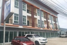 For Sale 3 Beds Shophouse in Khao Yoi, Phetchaburi, Thailand