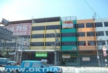 For Sale Shophouse 39 sqwa in Mueang Pathum Thani, Pathum Thani, Thailand