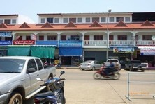 For Rent 4 Beds Shophouse in Muang Nan, Nan, Thailand