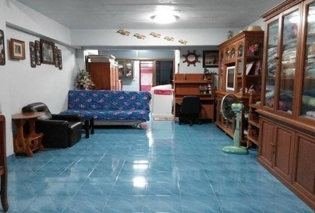 For Sale 3 Beds Shophouse in Mueang Phitsanulok, Phitsanulok, Thailand