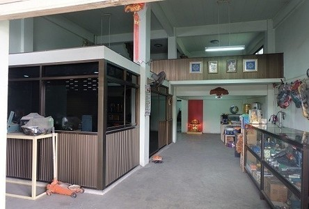 For Sale 2 Beds Shophouse in Lam Luk Ka, Pathum Thani, Thailand