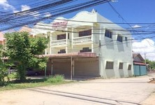 For Sale Shophouse 100 sqwa in Mueang Lampang, Lampang, Thailand