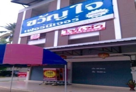 For Rent 6 Beds Shophouse in Mae Rim, Chiang Mai, Thailand