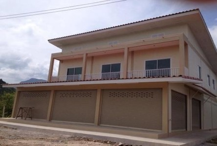 For Sale 4 Beds Shophouse in Pran Buri, Prachuap Khiri Khan, Thailand