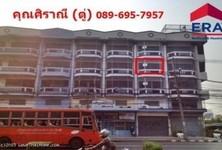 For Sale 2 Beds Shophouse in Thon Buri, Bangkok, Thailand
