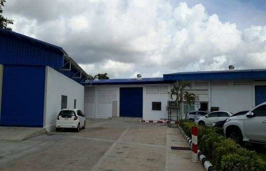 For Sale Warehouse 336 sqm in Bang Lamung, Chonburi, Thailand | Ref. TH-OMZQKMDY