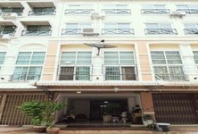 For Sale Office 260 sqm in Bang Khae, Bangkok, Thailand