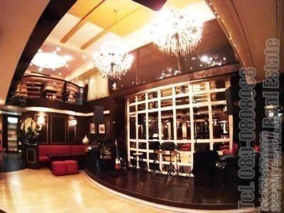 Продажа: Офис 247 кв.м. в районе Bang Rak, Bangkok, Таиланд | Ref. TH-FNABZZIP