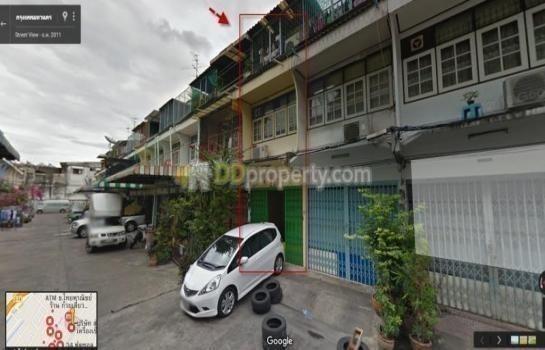 For Sale 3 Beds Shophouse in Yan Nawa, Bangkok, Thailand | Ref. TH-ULVAOIUX