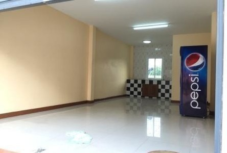 For Rent Shophouse 40 sqm in Mueang Nonthaburi, Nonthaburi, Thailand