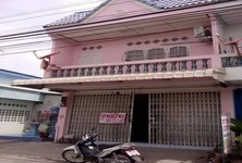 For Sale or Rent 2 Beds Shophouse in Kao Liao, Nakhon Sawan, Thailand