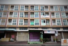 For Sale Shophouse 19 sqwa in Nong Khaem, Bangkok, Thailand