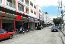 For Sale 3 Beds Shophouse in Thanyaburi, Pathum Thani, Thailand