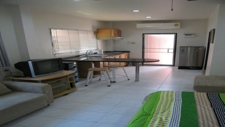 Продажа: Жилое здание 200 кв.ва. в районе Bang Lamung, Chonburi, Таиланд | Ref. TH-SSQNHBCV