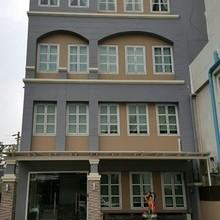 В том же районе - Wang Thonglang, Bangkok