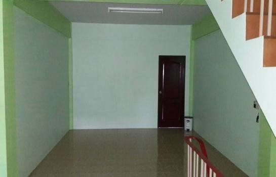 For Rent 4 Beds Shophouse in Mueang Ratchaburi, Ratchaburi, Thailand   Ref. TH-YHROKPPC