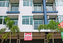 For Sale 7 Beds Shophouse in Mueang Surat Thani, Surat Thani, Thailand
