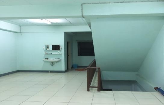 Продажа: Шопхаус с 2 спальнями в районе San Sai, Chiang Mai, Таиланд | Ref. TH-OHRIIIWJ