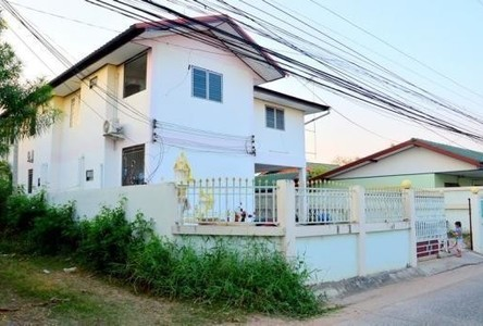 For Sale Apartment Complex 25 rooms in Mueang Maha Sarakham, Maha Sarakham, Thailand