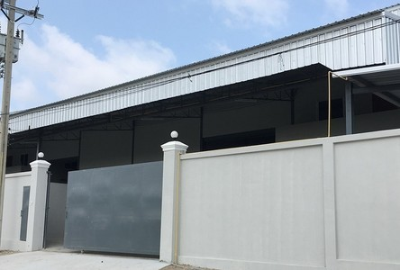 For Rent Warehouse 800 sqm in Bang Phli, Samut Prakan, Thailand