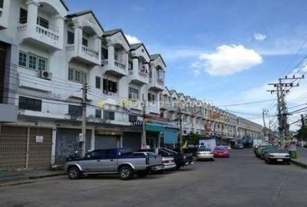 For Rent Shophouse 17 sqwa in Bang Bua Thong, Nonthaburi, Thailand