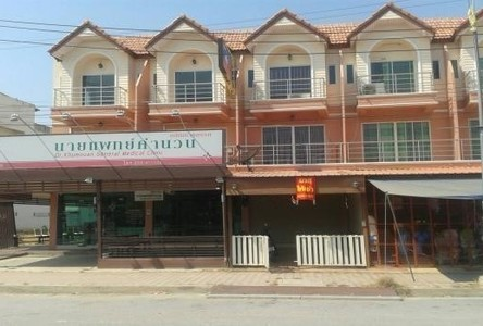 For Sale 3 Beds Shophouse in Nong Ya Sai, Suphan Buri, Thailand