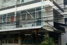 For Sale 6 Beds Shophouse in Din Daeng, Bangkok, Thailand