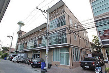 For Rent Shophouse 32 sqm in Bang Lamung, Chonburi, Thailand