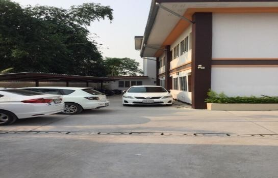 For Sale Apartment Complex 272 sqwa in Mueang Chiang Mai, Chiang Mai, Thailand | Ref. TH-RTKIXYZV