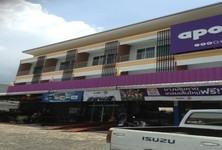 For Rent 4 Beds Shophouse in Phanat Nikhom, Chonburi, Thailand