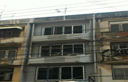 For Rent 4 Beds Shophouse in Mueang Nonthaburi, Nonthaburi, Thailand | Ref. TH-JZDNXREL