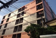 For Sale or Rent Apartment Complex 60 rooms in Krathum Baen, Samut Sakhon, Thailand
