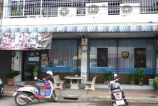 For Sale 5 Beds Shophouse in Mueang Surat Thani, Surat Thani, Thailand