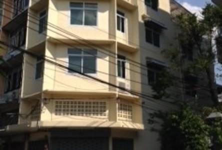 For Sale 3 Beds Shophouse in Khlong San, Bangkok, Thailand