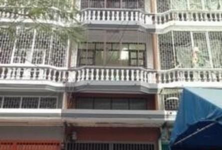 For Sale Shophouse 240 sqm in Thon Buri, Bangkok, Thailand