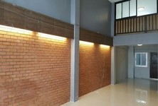 For Rent 4 Beds Shophouse in Bang Yai, Nonthaburi, Thailand