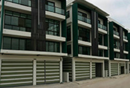 For Sale Shophouse 75 sqwa in Bang Khun Thian, Bangkok, Thailand