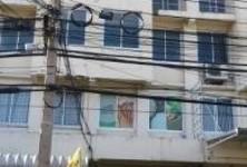 Продажа или аренда: Шопхаус с 4 спальнями в районе Mueang Samut Prakan, Samut Prakan, Таиланд