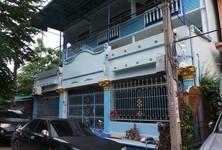 For Sale 15 Beds Shophouse in Bang Bon, Bangkok, Thailand