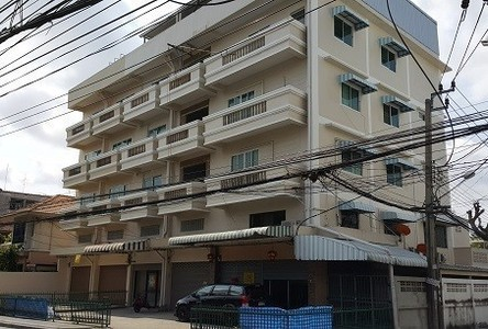For Sale or Rent 14 Beds Shophouse in Bang Na, Bangkok, Thailand