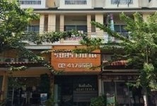 For Sale Shophouse 17 sqwa in Bang Khun Thian, Bangkok, Thailand