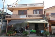 For Sale 10 Beds Shophouse in Khlong Luang, Pathum Thani, Thailand