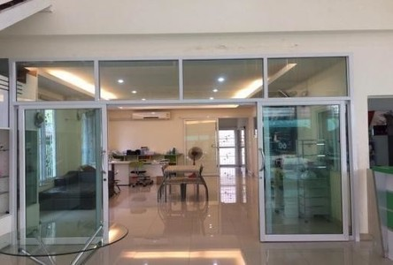 For Sale 10 Beds Office in Thanyaburi, Pathum Thani, Thailand
