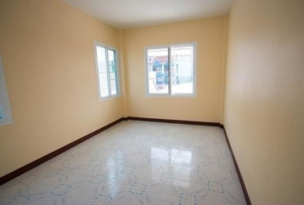 For Sale or Rent 4 Beds Shophouse in San Pa Tong, Chiang Mai, Thailand