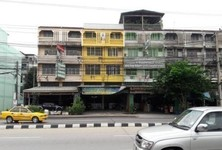 For Sale 6 Beds Shophouse in Lam Luk Ka, Pathum Thani, Thailand