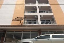 Продажа: Шопхаус с 8 спальнями в районе Mueang Phitsanulok, Phitsanulok, Таиланд