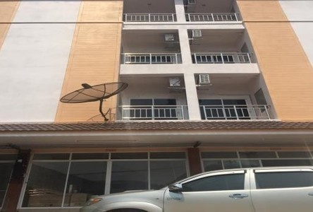 For Sale 8 Beds Shophouse in Mueang Phitsanulok, Phitsanulok, Thailand