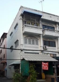 For Rent 3 Beds Shophouse in Bang Yai, Nonthaburi, Thailand | Ref. TH-JFVKLNIP