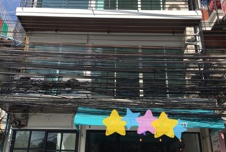For Rent Shophouse 84 sqm in Bang Rak, Bangkok, Thailand