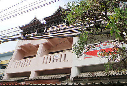 For Rent Shophouse 64 sqm in Mueang Chiang Mai, Chiang Mai, Thailand